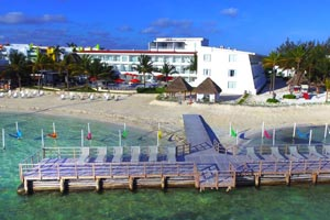 Cancun Bay Resort. An official hotel of the Cancun International Boat Show.